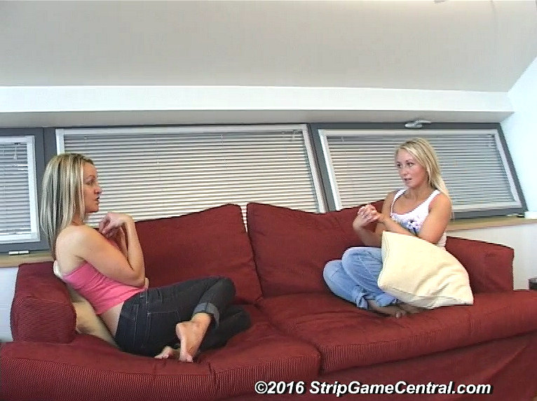 movie: http://www.stripgamecentral.com/video/Tickle-6-4-16