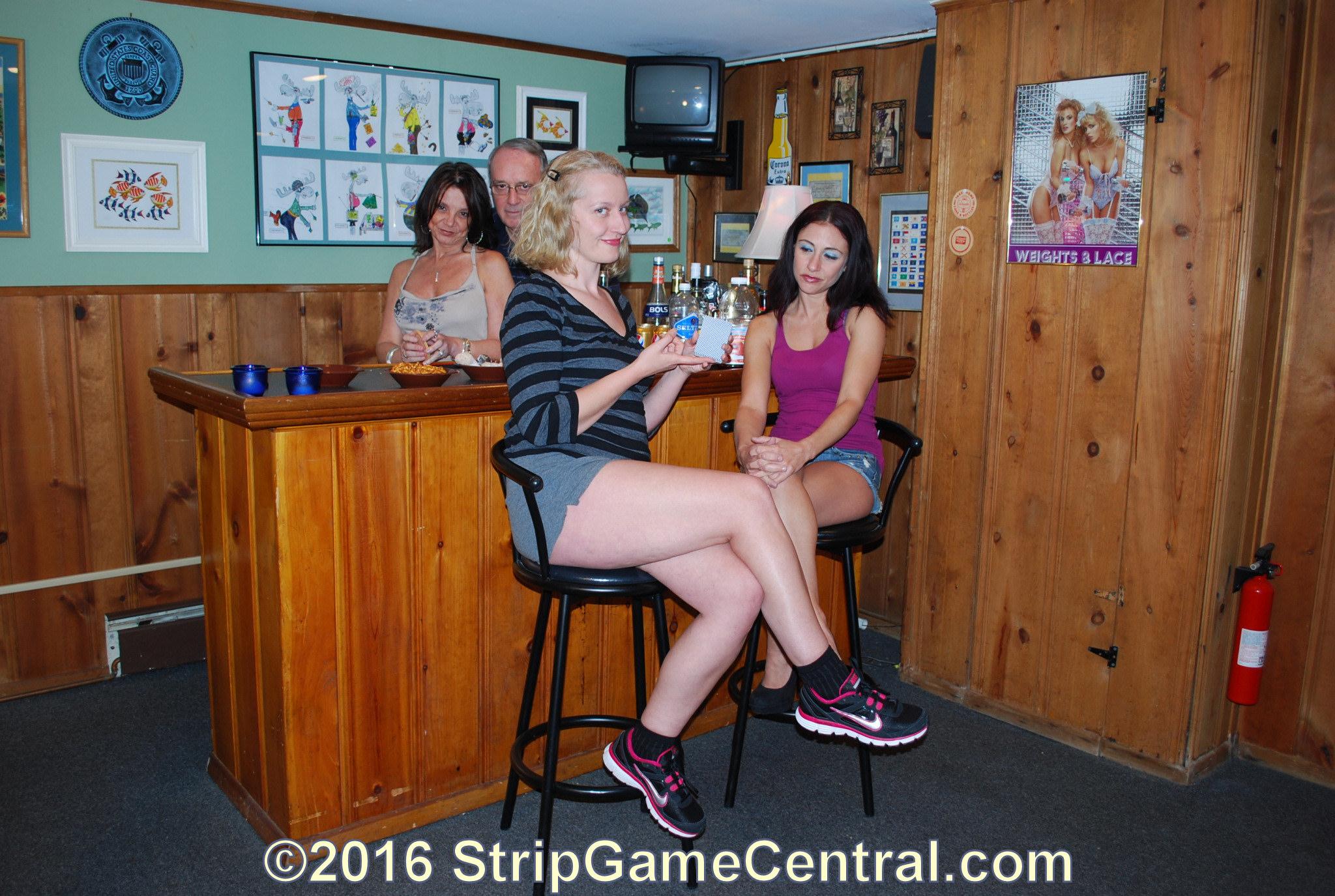 strip toy girls Naked