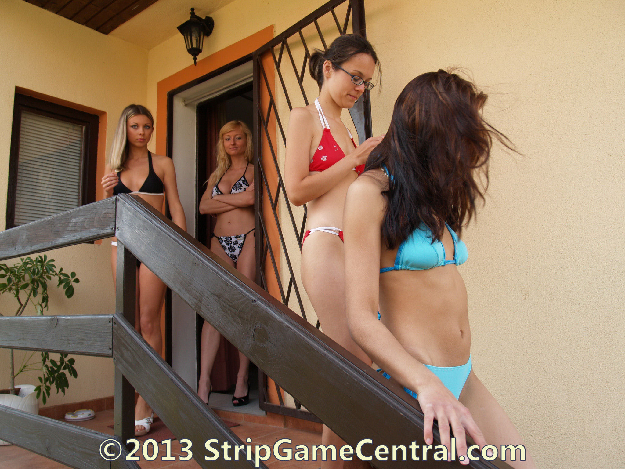 girl strip fight naked
