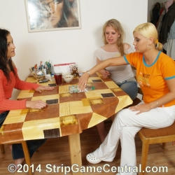 Strip Spin-the-Bottle 23-09-2014 (c)